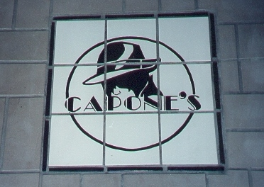 capone's sign.jpg (62121 bytes)